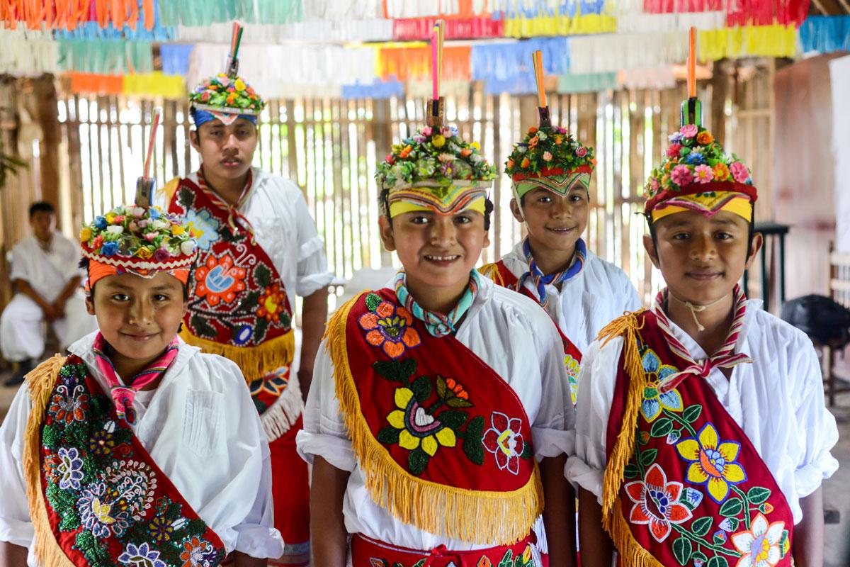 Escuela de Niños Voladores en Veracruz, cuna de hombres, jóvenes y niños pájaro